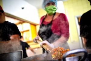 Ollas y merenderos populares en Uruguay: Tramas para sostener la vida frente a la Pandemia